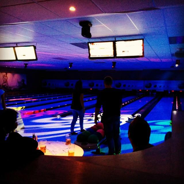 Bowling med födelsedagsbarnet @niclastjockenlindberg