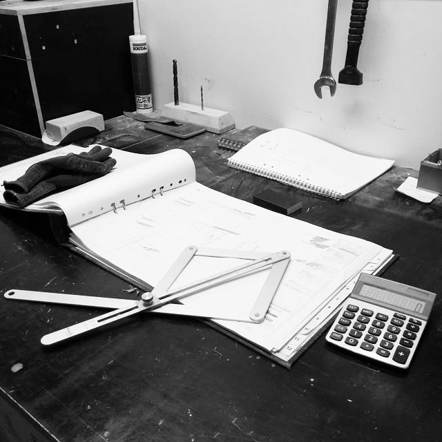 "Mitt ""skrivbord"". #jobb #adesworld #concrete"